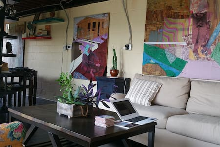 Loft apartment set in a lush garden - Spring Valley - Loft