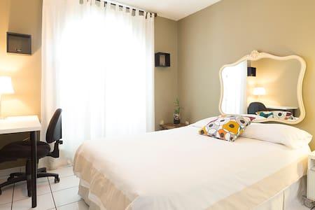 $900 for 30 Nights HOMEY PRIVATE BEDROOM IN MIAMI - Miami - Dom