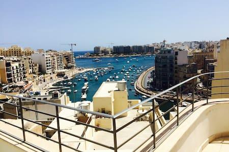 Lux Penthouse St Julian's Sea front