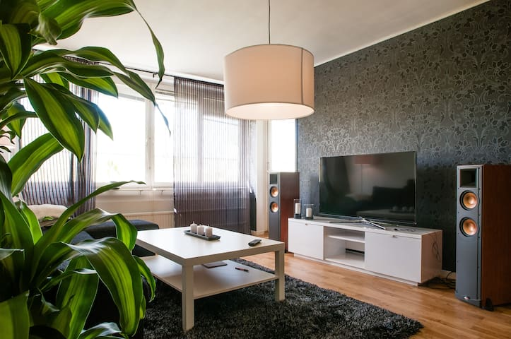 Luxurious DB in awarded apartment - Stockholm - Apartment