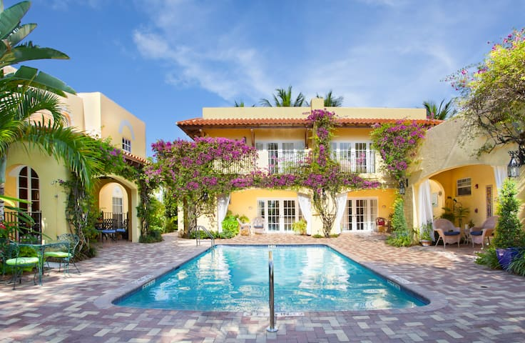 King/Queen Deluxe Private Suite - West Palm Beach - Bed & Breakfast