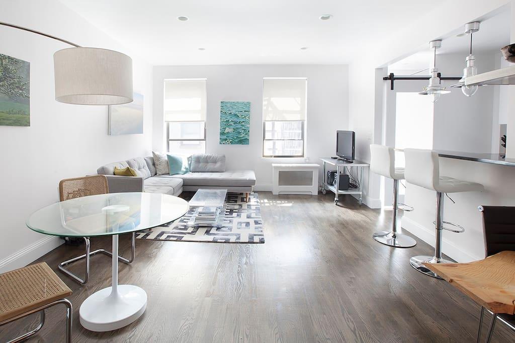 Designer 39 s large 1br in chelsea appartamenti in affitto for Appartamenti affitto nyc