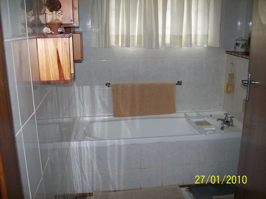 Bathroom with hand bath, hand basin and toilet