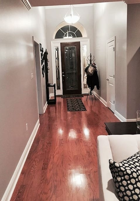 Entry hallway--Split floor plan means the guest accommodations are far from the master bedroom.