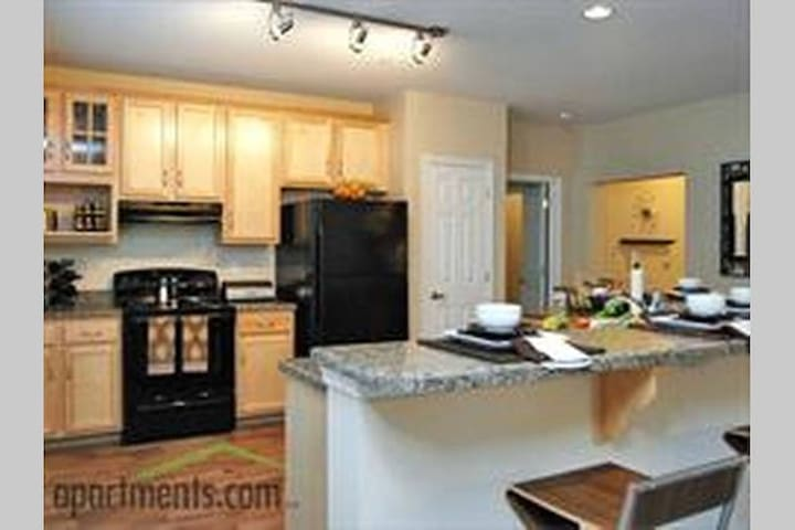Hampton Luxury Apartment - Hampton - Departamento