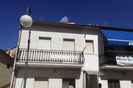 Comfortable little home in Puglia! - Accadia