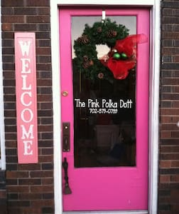 The Pink Polka Dott- Main Street! - Panguitch - House