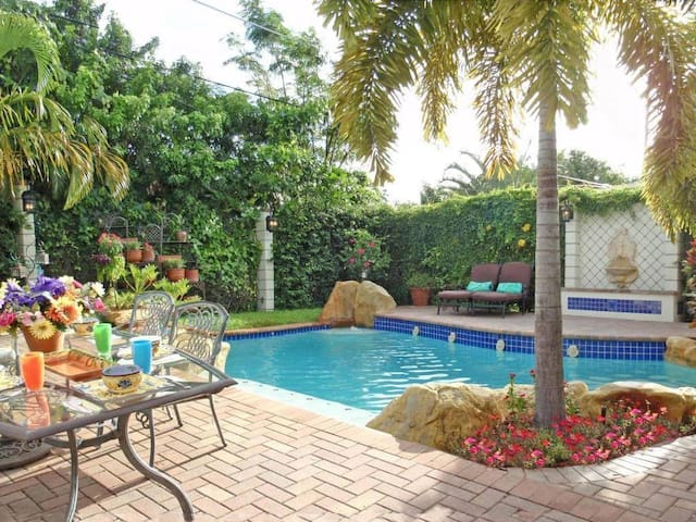 GREAT POOL HOME BY OCEAN - West Palm Beach - Haus