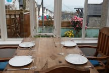Private room by the sea - sleeps 3