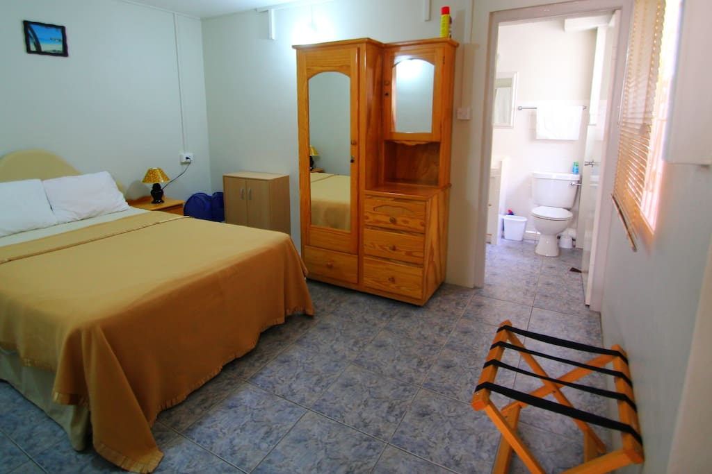 1 Bedroom Holiday Apt Near Beach Apartments For Rent In