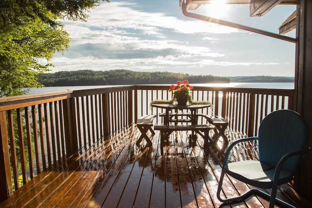 Large deck with great views.