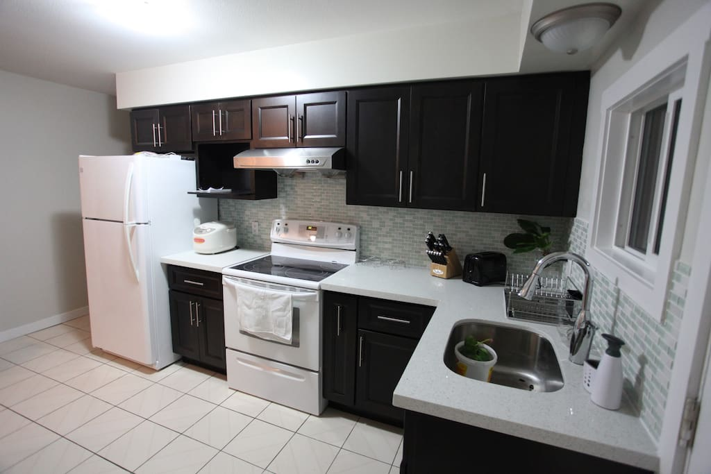 your share kitchen with other guests, fully equipped.