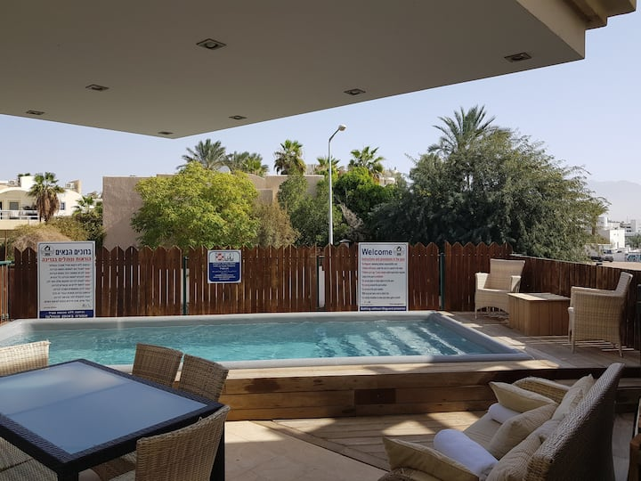 3-room apartment with Private pool.