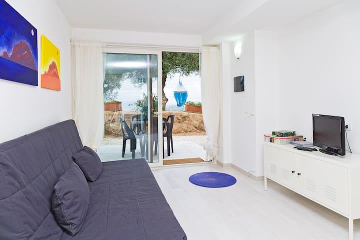 In collina vista mare,15mi spiaggia - Telti - Apartamento