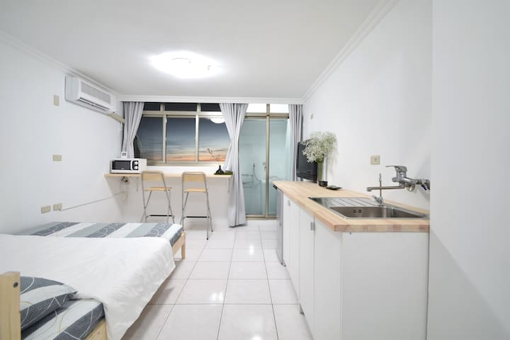 Tainan city center(Ensuite apartment)台南市中心(租賃獨立套房)