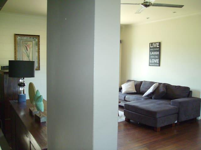 3 bedroom sea breeze apartment