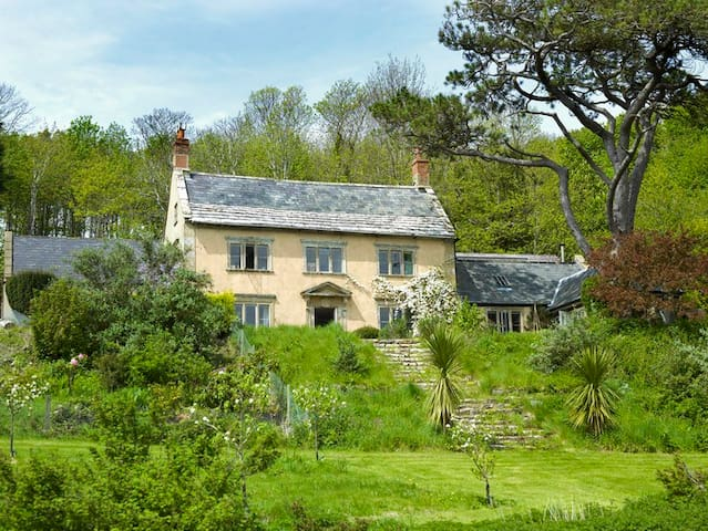 Arty, Bohemian Seaside House - Dorset - Ev