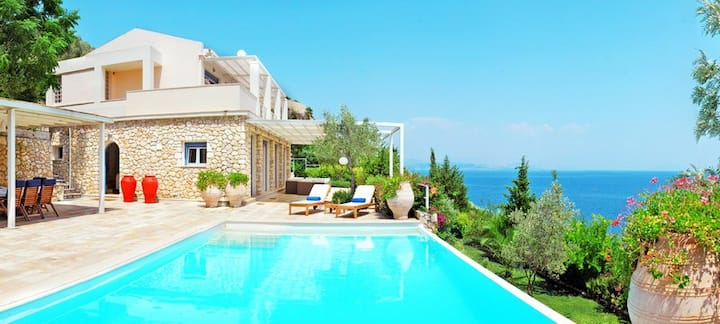 CORFU LUXURY VILLAS - 4 BED ROOM VILLA VILLA BLUE