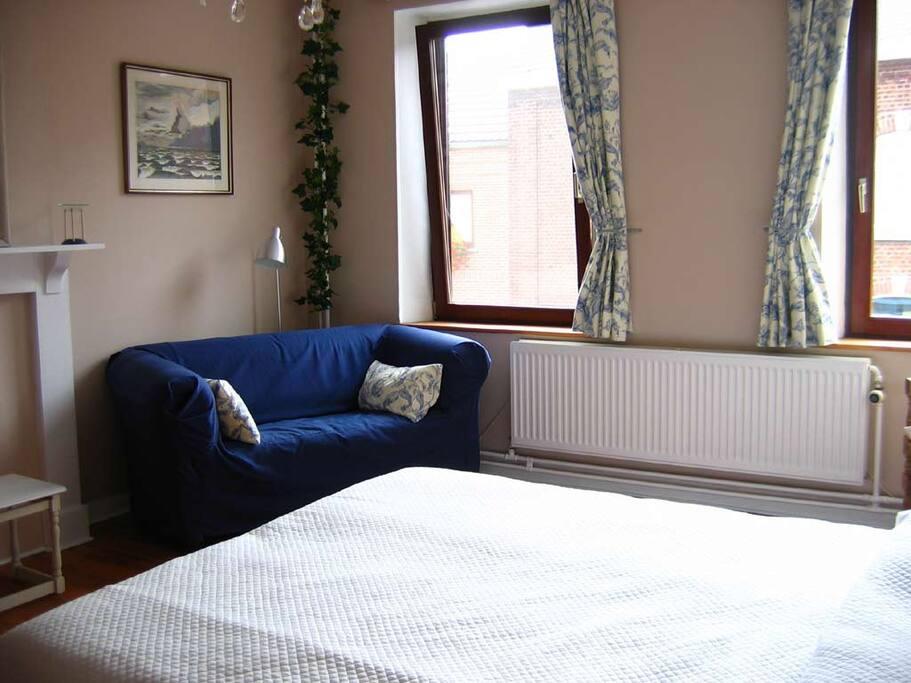 plumbago 1 chambre de charme chambres d 39 h tes louer villers la ville brabant wallon. Black Bedroom Furniture Sets. Home Design Ideas