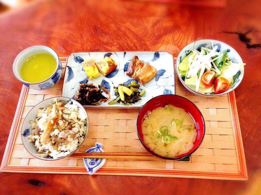 Japanese breakfast for free