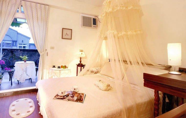宜蘭最優質民宿,宜蘭綠舟民宿,為您獻上綠意盎然,溫馨浪漫之旅 - Zhonghe District
