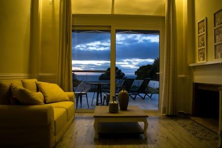 GALINIO BOUTIQUE APARTMENT EPSILON - Apartment