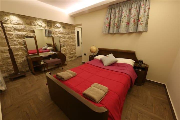Beit Wadi(URL HIDDEN)Room n2 - Ghazir - 別荘