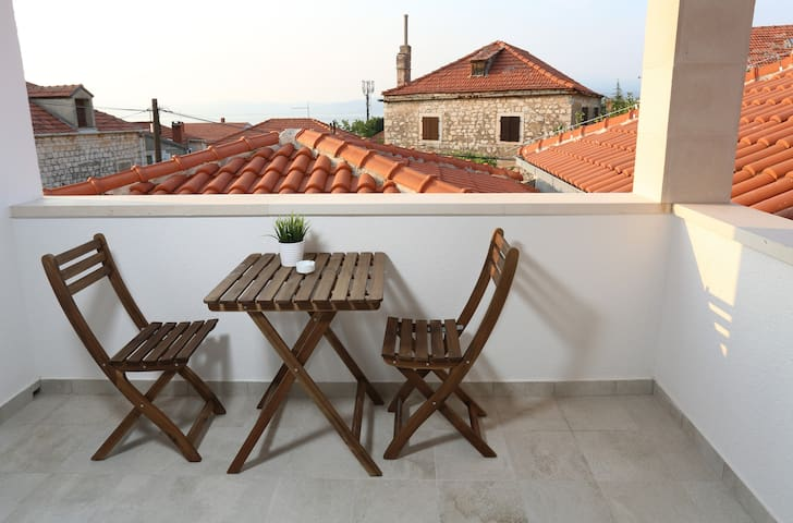 Double room with sea view Postira