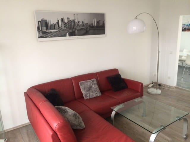 Luxus und Design 2 Zimmer Apartment - Monheim am Rhein - Wohnung