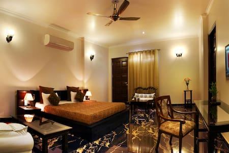 Fully serviced luxury guesthouse