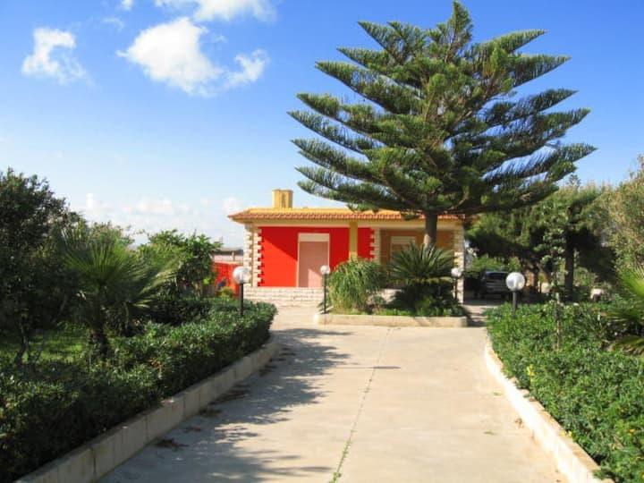 Villa isola dei Porri 50 mt dal mar