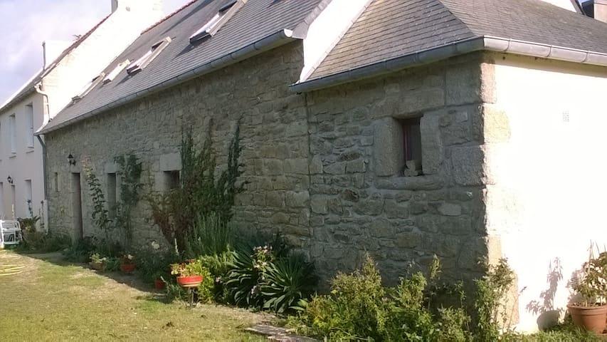 Chambre d'hôtes - Plounéour-Trez - House