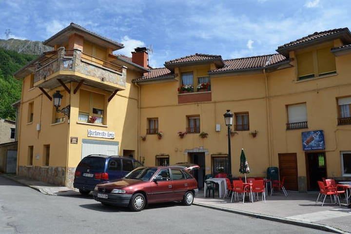 Apartamentos rurales en Tarna, Caso - Tarna - Lägenhet
