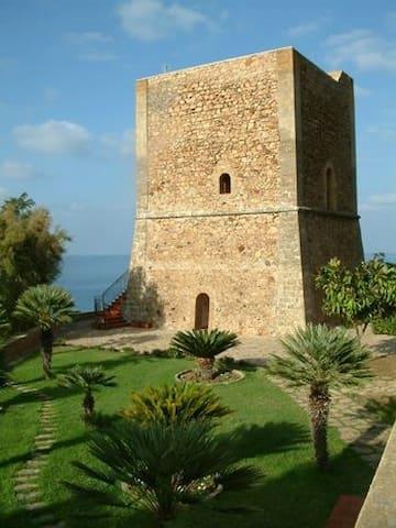 Prestigiosa suggestiva casa vacanze - Castel di Tusa - Ev