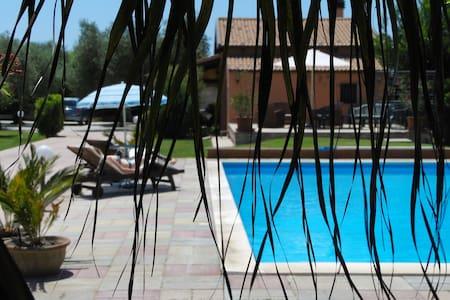 Villa con piscina privata - Alghero