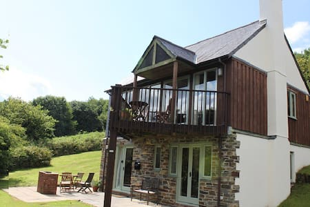 Detached lodge in Saint Mellion - Casa