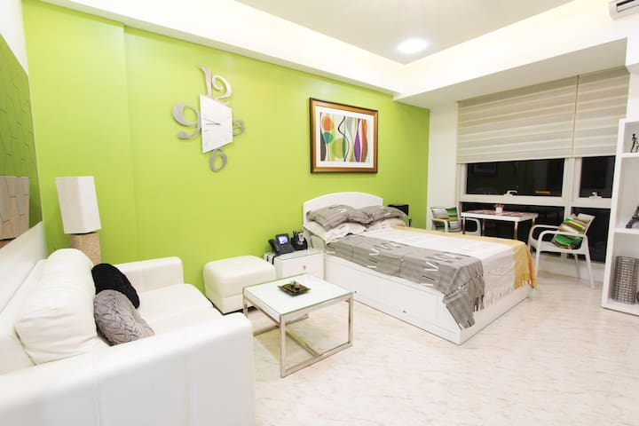 Studio near EDSA ShangriLa mall