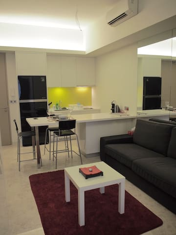 Contemporary Studio with Parking - Desa Sri Hartamas - Apartmen