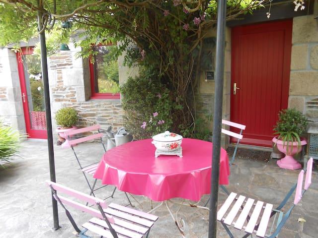 maison des roses - Plouégat-Guérand - House