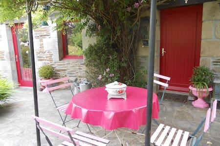 maison des roses - Plouégat-Guérand - Dom