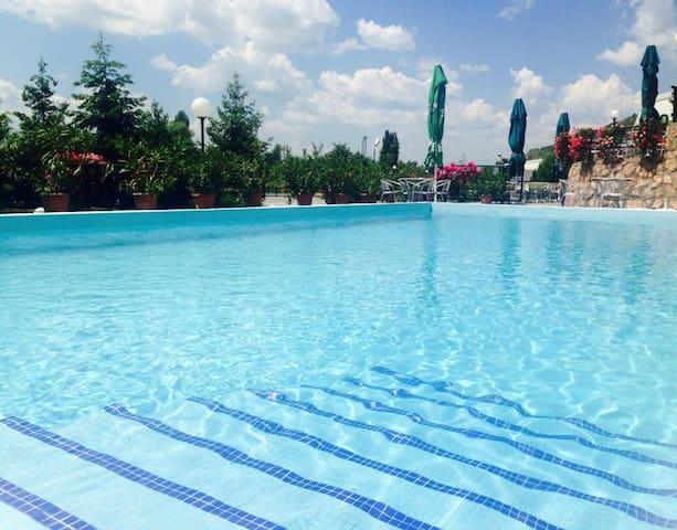 Hotel Kocarev - โอห์ริด