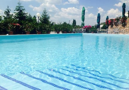 Hotel Kocarev - Ohrid - Bed & Breakfast