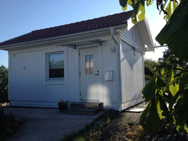Bergviksvägen 14 - Vrångö - Houten huisje