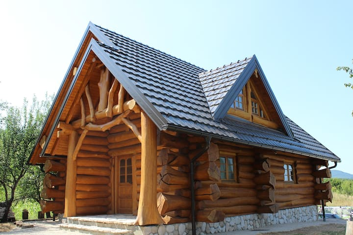 BeaR's LOG - Selište Drežničko - House