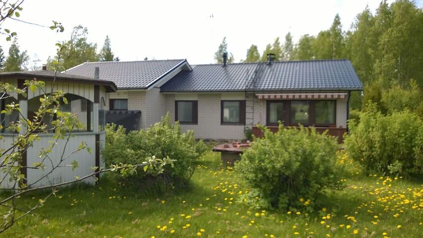 Täysin kalustettu omakotitalo - Savonlinna - Rumah