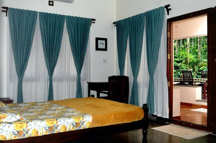 Enteveedu Homestay-2 Rooms Mountain view