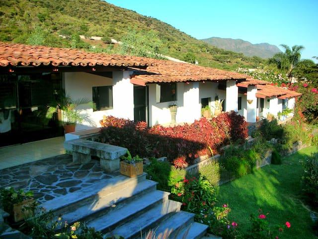Lake Chapala Garden Paradice - Jocotepec - Rumah