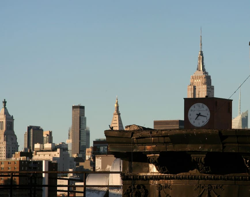 Rooftop view! Lower East Side, one of the most yummiest, safest & liveliest neighborhoods in town.