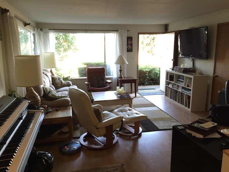 Cozy 1 bedroom in queen anne apartments for rent in - Seattle 1 bedroom apartments for rent ...