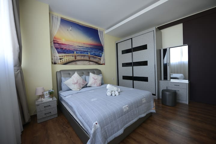 Sleep well in our comfortable queen sized bed and a single bed and wake up to awesome views overlooking the pool!
